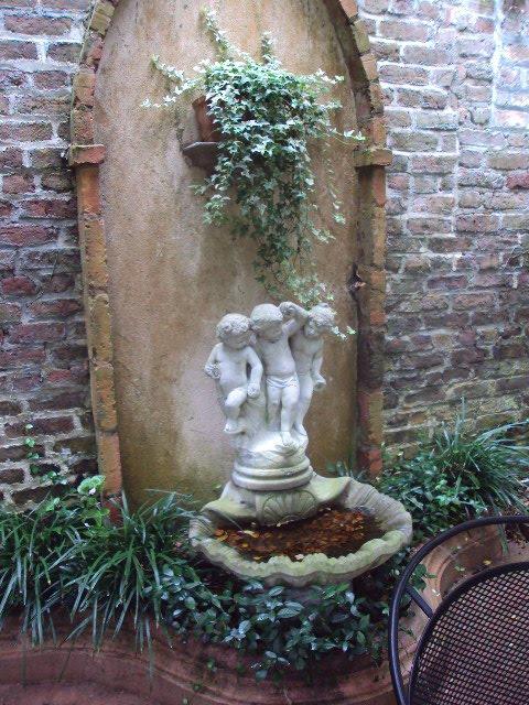 Charleston gardens Summer 2009 051